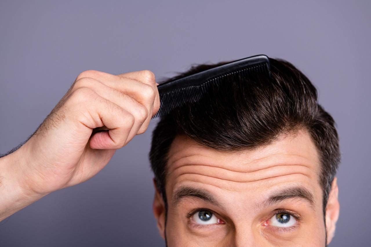 DHI_BLOG_20_FEB_01_Hacks to make thinning hair look thicker